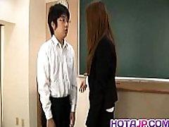 सकुरा Hirota बालों वाली कट्टर स्कूल में