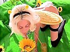 Honey fetish babe loves honey