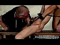 Berniukas jaunas sex tube emo berniukai nemokamai vid Dvigubai Įdomus Sebastian