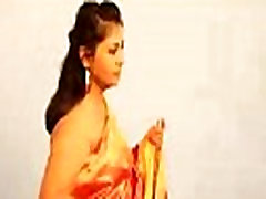 Sexy Nashili oil fuck sophie dee Payal Navel Kissing and Huge Cleavage