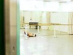Azijske balerina ima srbi ona je, da masiranje