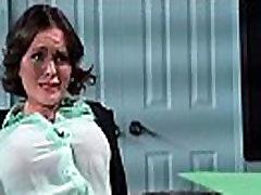 Ured djevojka Крисси Lynn s ogromnim dinje sise vole seks u kino-34