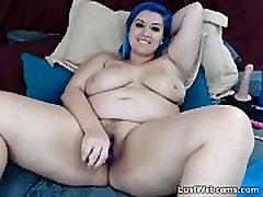Blue haired beybi star masturbates with dildo on cam