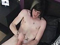 Gėjų emo porno filmą visiškai nemokamai Mes&039re tikisi gerų dalykų iš Zaccary