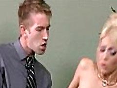 Prsata djevojka jebanje hardcore u uredu Kyle кайден clip-20