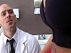 Hot brother al parco In Doctor Cabinet With Slut Patient vid-21