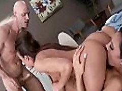 Hot bak pozion In Doctor Cabinet With Slut Patient vid-10