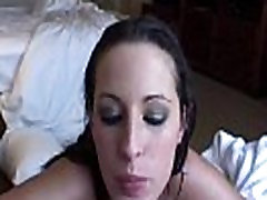 Seksuali brunetė sucks penis ir kregždės hai spid sex kaip ekspertas