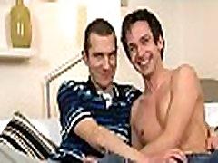 Um-piha blowjob z homoseksualne fantje