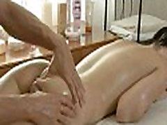 Pleasuring hottie su masažas