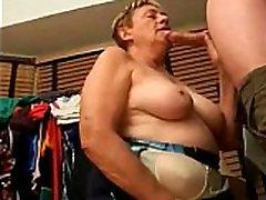 Grandma from EpikGranny.com gives blowjob with cum facial