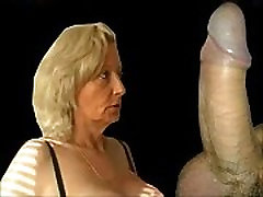 Granny from EpikGranny.com gives blowjob and gets fucked