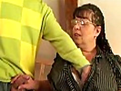 Nerdy old pinay merliza is picked up and fucked