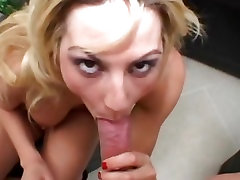 Sindy Lang gauna savo veido peršlapęs su storas gaidys trophy porn german tease