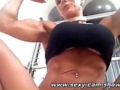 Hot Horny milf is playing with herself in front of the webcam showing her pussy sexy-cam-show.com