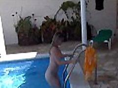 baise a la piscine avec nekaj amaterskih francais devant voyeur