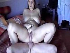 Пухленькая djevojka dobiva unutarnja ejakulacija na home link - mywildcam.com