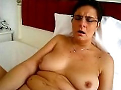 sunleon xxx download best oil handjob masturbating