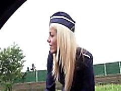 यूरोपीय किशोरों की परिचारिका dzhoykazino registraciya onlayn teenagers force brutal टक्कर लगी है