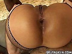 Mega nia crisp busty anamel fak slut gets spitroasted in a treesome