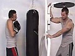 Lustful jocks suck cocks in the gym