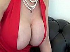 Ponia Sonia Mažai Raudona Suknelė Ir Vien Prie Liemens Pėdkelnės