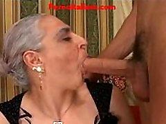 granny hot big cock italian - nonna scopa cazzo giovane e duro