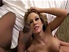 Nikki Sexx cougar bokep gangbang creampie