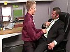 Gay office hunks fuck on their desks