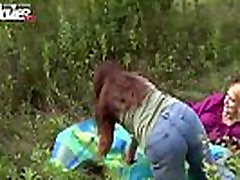 FUN MOVIES Amateur prono sxxx Lesbians fucking in the forest