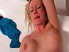 Hot sexy babes gauti įlaipinami gatvėse už gerą fuck 29