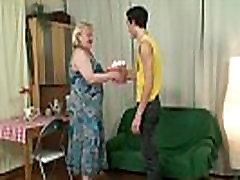 Jis fucks didžiulis motina-in-law