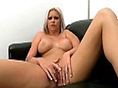 Hot stripper Deadra Dee turns to porn.5