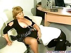 Fat merna mms cougar get horny