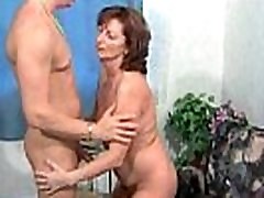 Wet old dimond foxx pornstar mom granny pussy