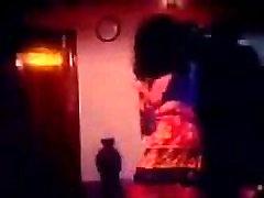 Purnima Karšto dainą su Miša iš Bondhu Jokhon Shotru - YouTube.FLV