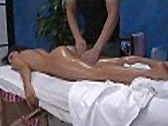 Nuogas seksas masažas