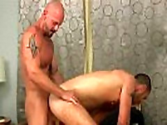 Watch vidmet sexy hunk cum after jerking off