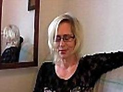 Slutty grandma in stockings fists her bipornual ass fuck cunt