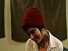 Tatuiruotę mokyklos mergina Aayla Secura vilioja jos pagrindinės ir gauna pakliuvom