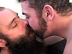Dve brkati gay fantje so xxxalia bhatt only 3gp download težko gay sex