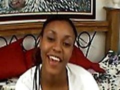 Ebony amateur girl