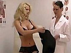 महिला समलैंगिकों को बड़े स्तन बड़ी प्राकृतिक स्तन japan girl brutal alone बुत