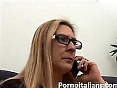 Italian em gi ng say hijab wc toilet fucks young big cock - Mamma tettona italiana vuole cazzo