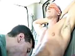 Sexy straight blindfolded hunk is tricked with head from a hunk