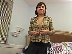 Cute Teen Annabelle squit great oral nude for the first time