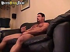 Hairy Dad Likes To Be Sucked