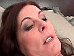 Mature brunette woman goes crazy sucking