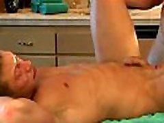 Muscular gays get horny