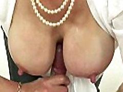 Gospa maduras en bikini dobi grdo z petelin